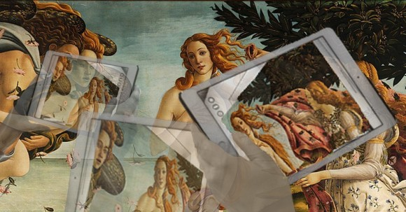 Botticelli venus surrounded by screens